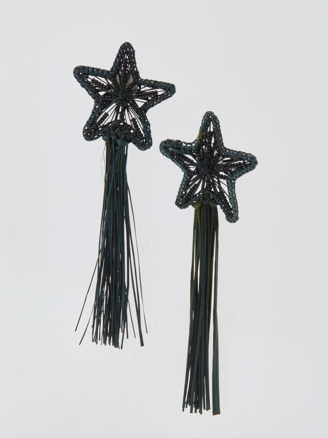 Asteria Shooting Stars Pierced Earrings - Black
