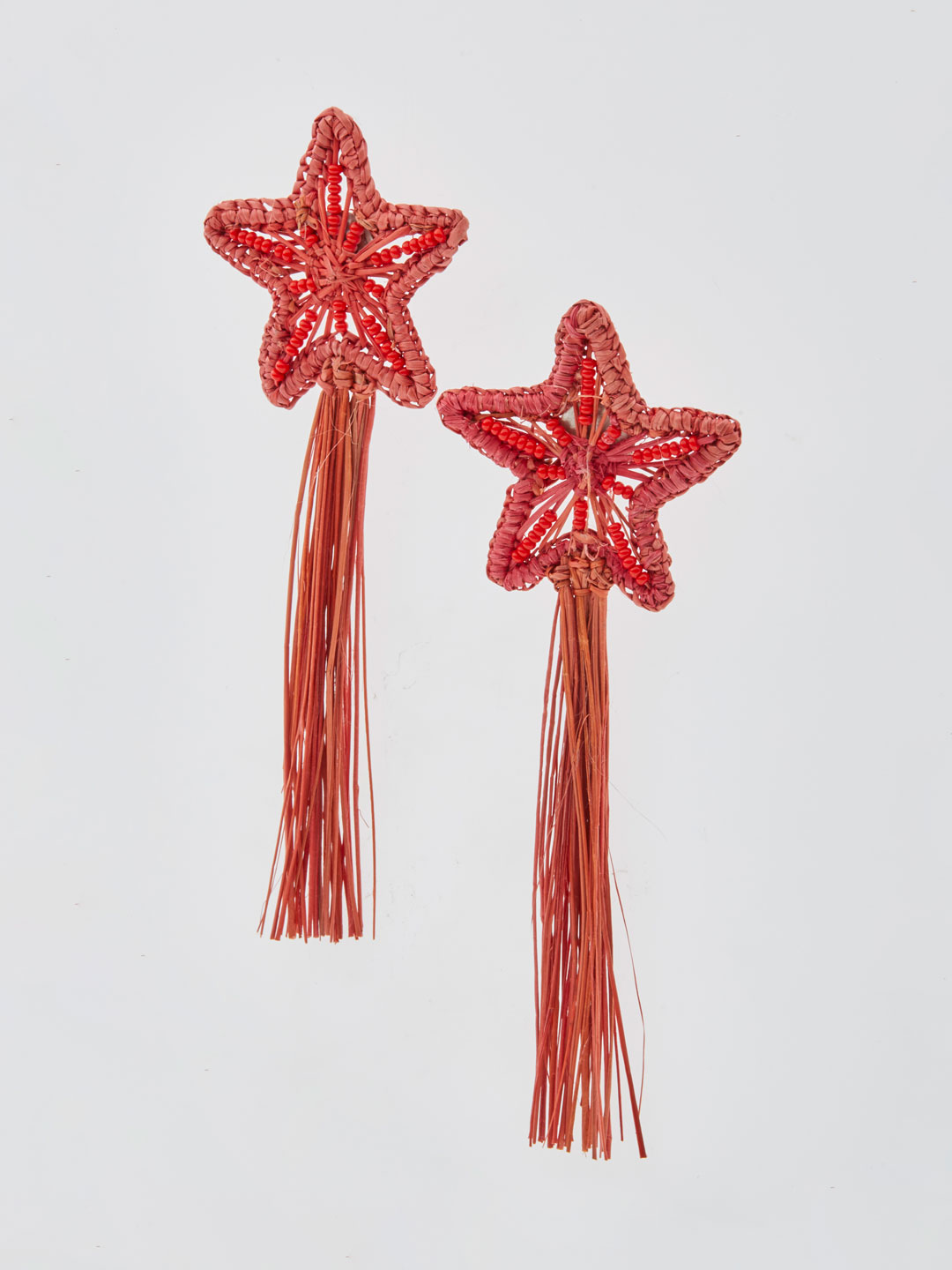 Asteria Shooting Stars Pierced Earrings - Red