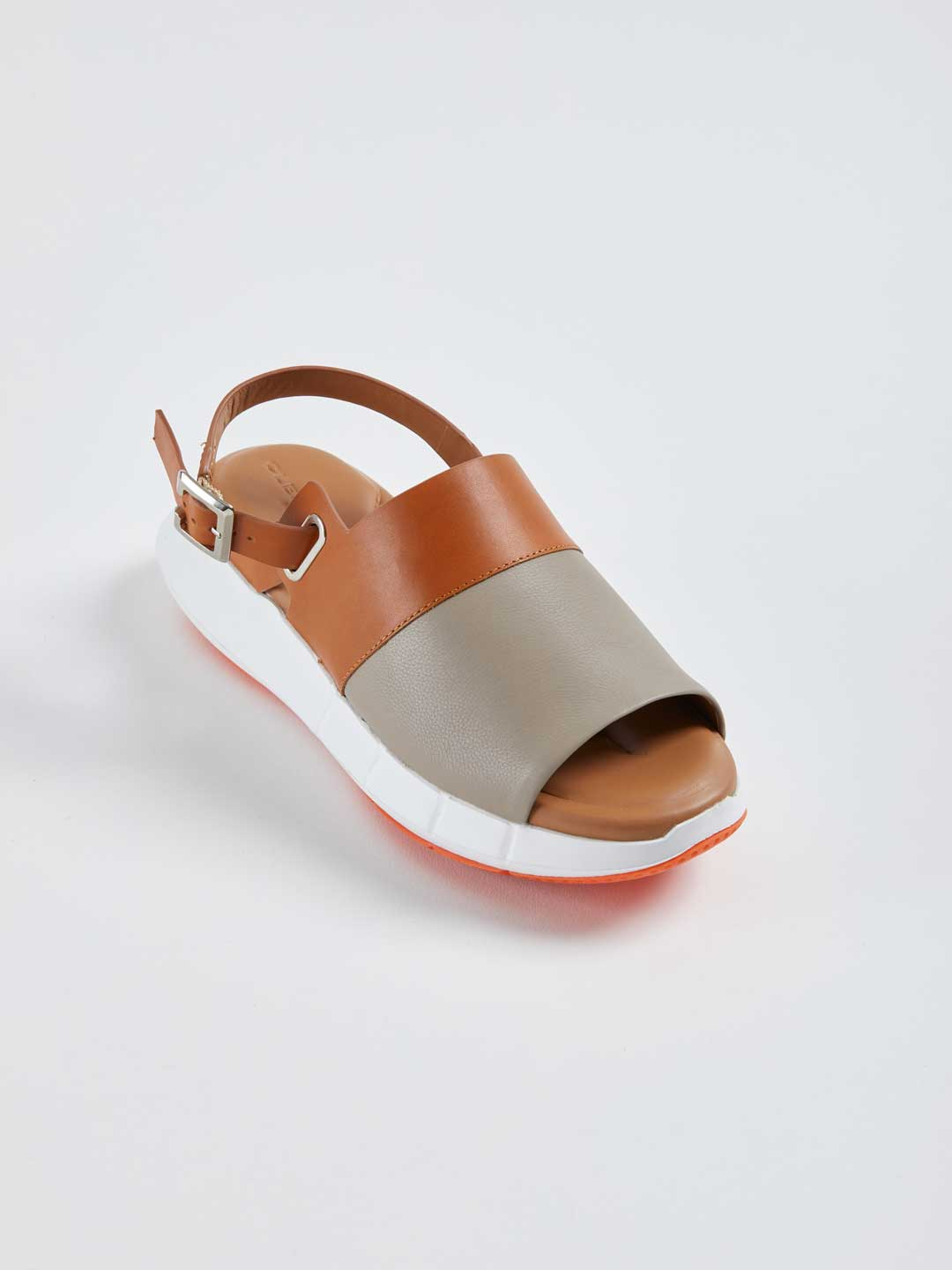 SOLIN Thick Sole Back Strap Sandals - Brown