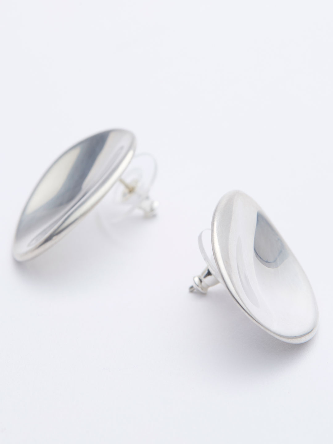 Ridge Pierced Earrings - Silver