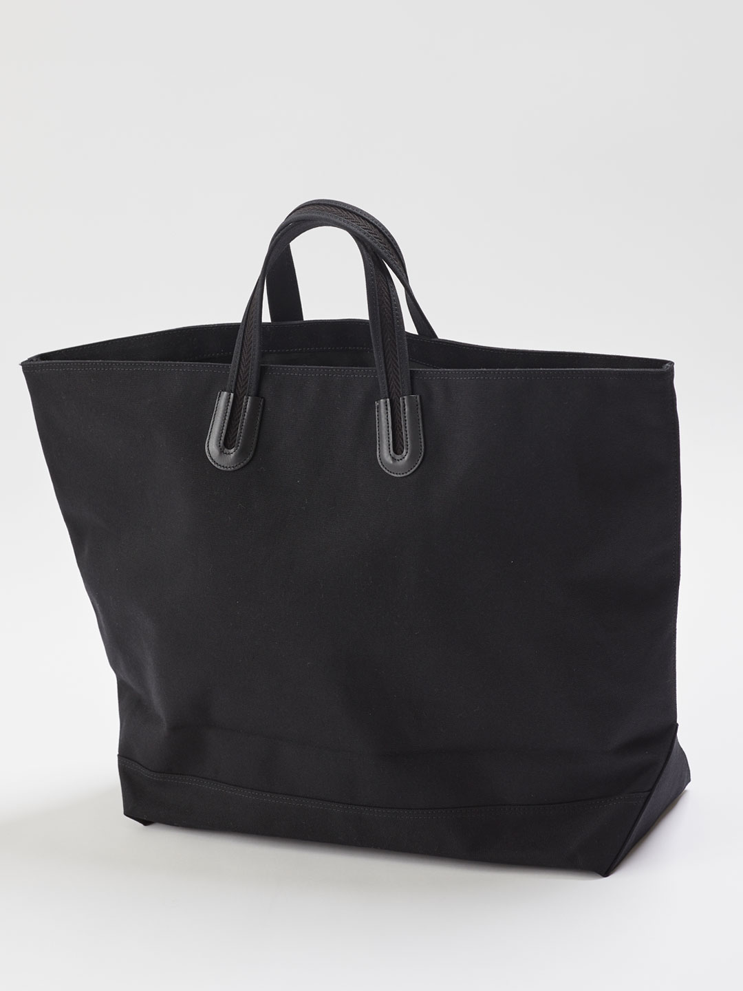 Arles XL SOLID - Black