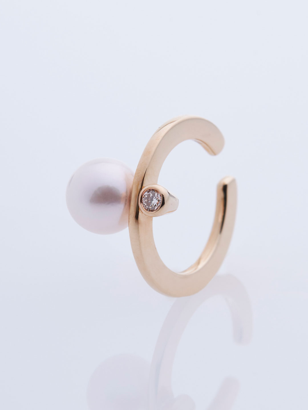 Bumble Bee Pearl Diamond Ear Cuff - Yellow Gold