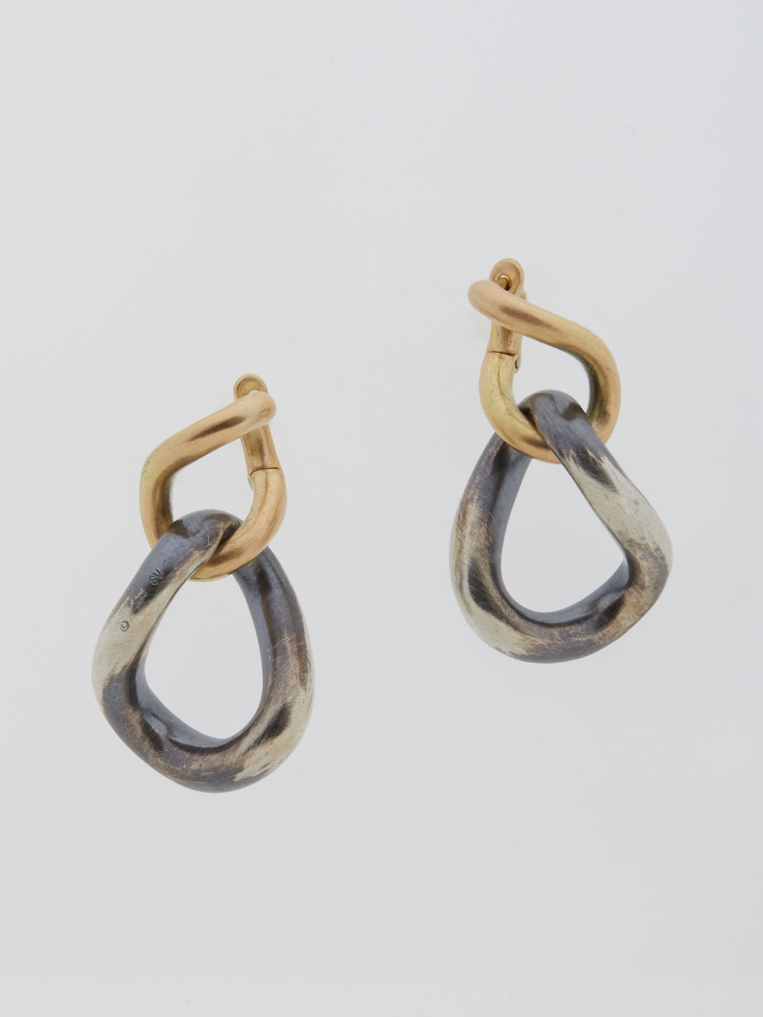 Humete Chain Pierced Earrings - Silver