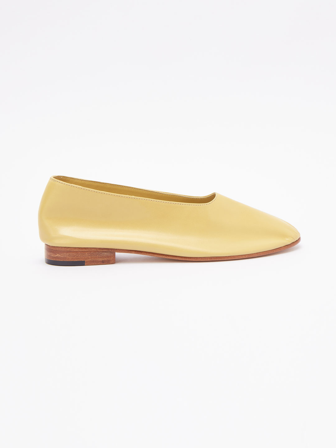 Glove Flat Shoes - Beige