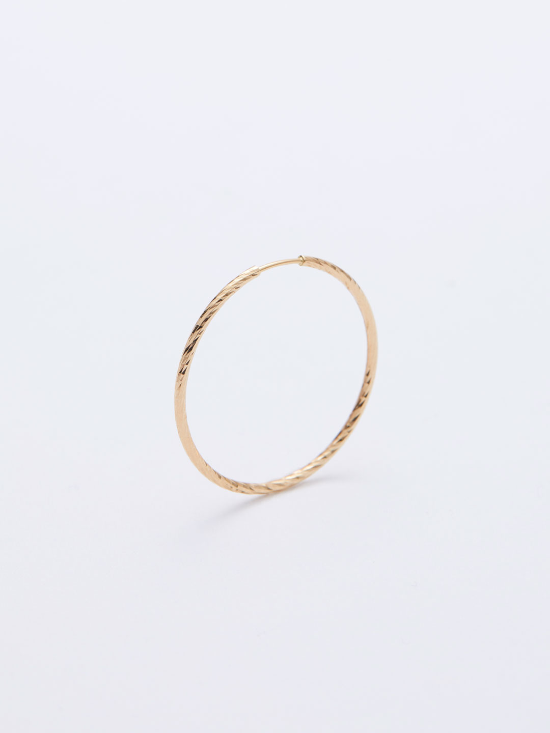 Liv Hoop Pierced Earring25 - Yellow Gold