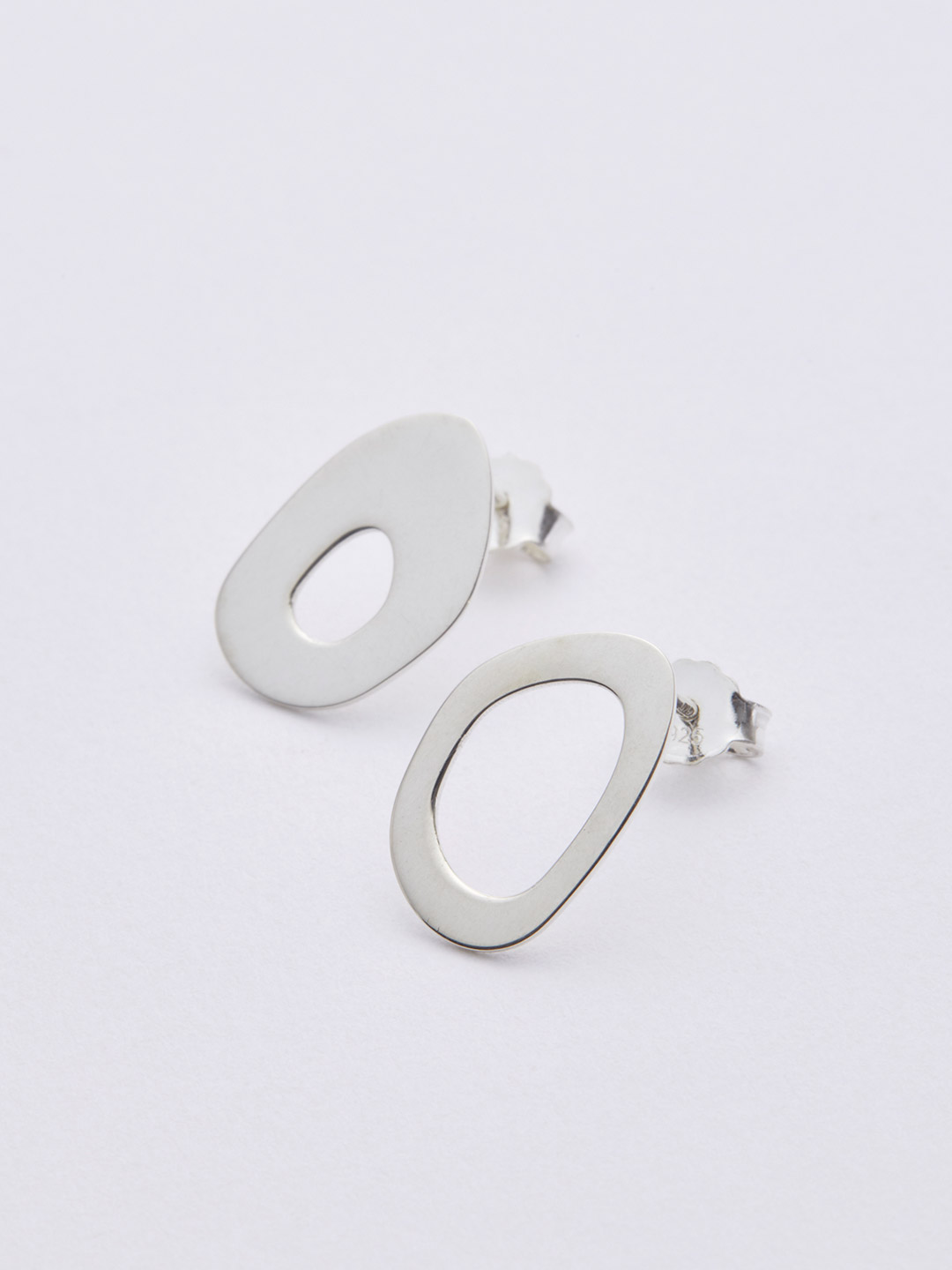 Mis Matched Lobe Studs Pierced Earring - Silver