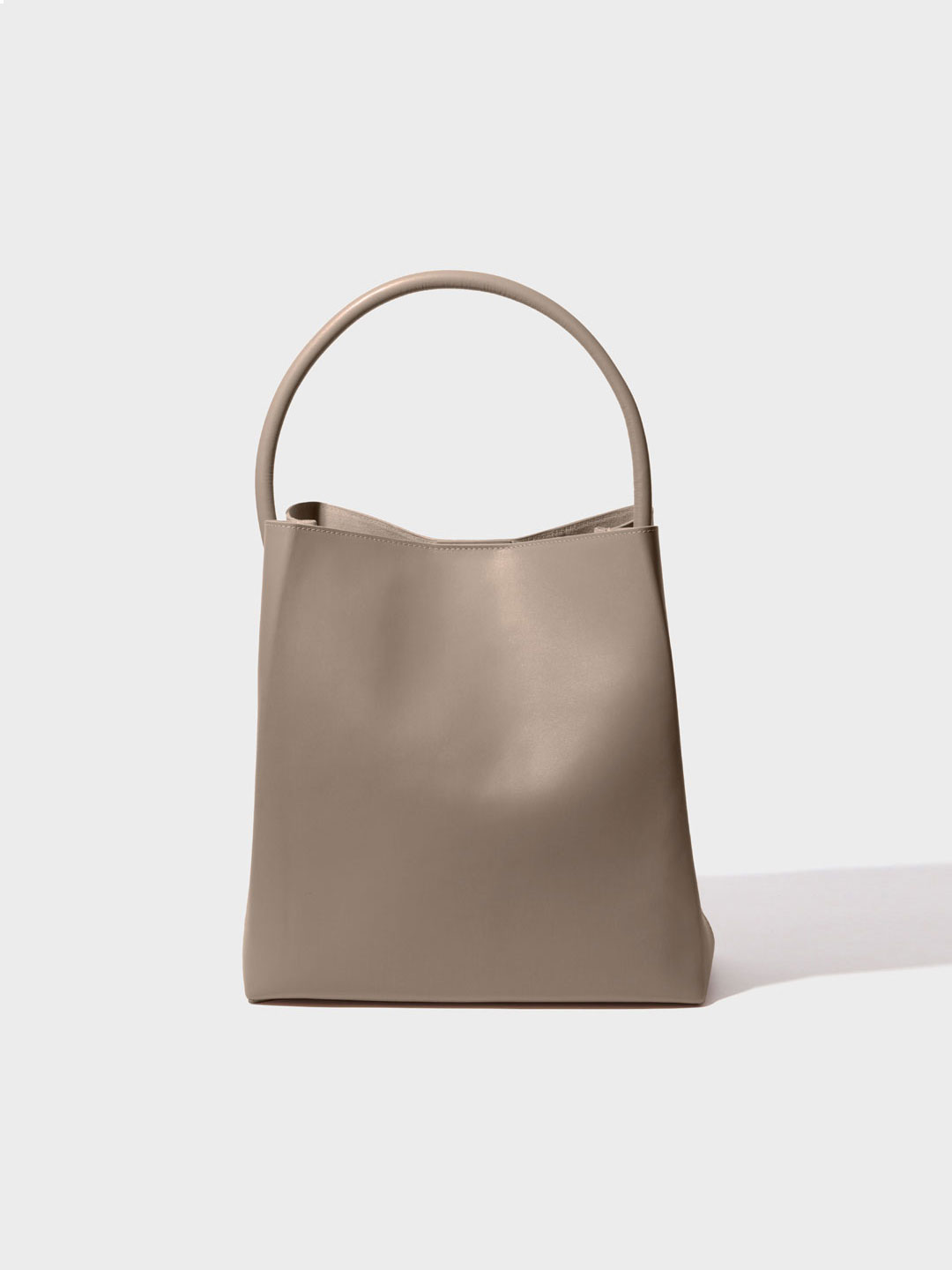 Arch Handle Pleat Tote Bag - Beige
