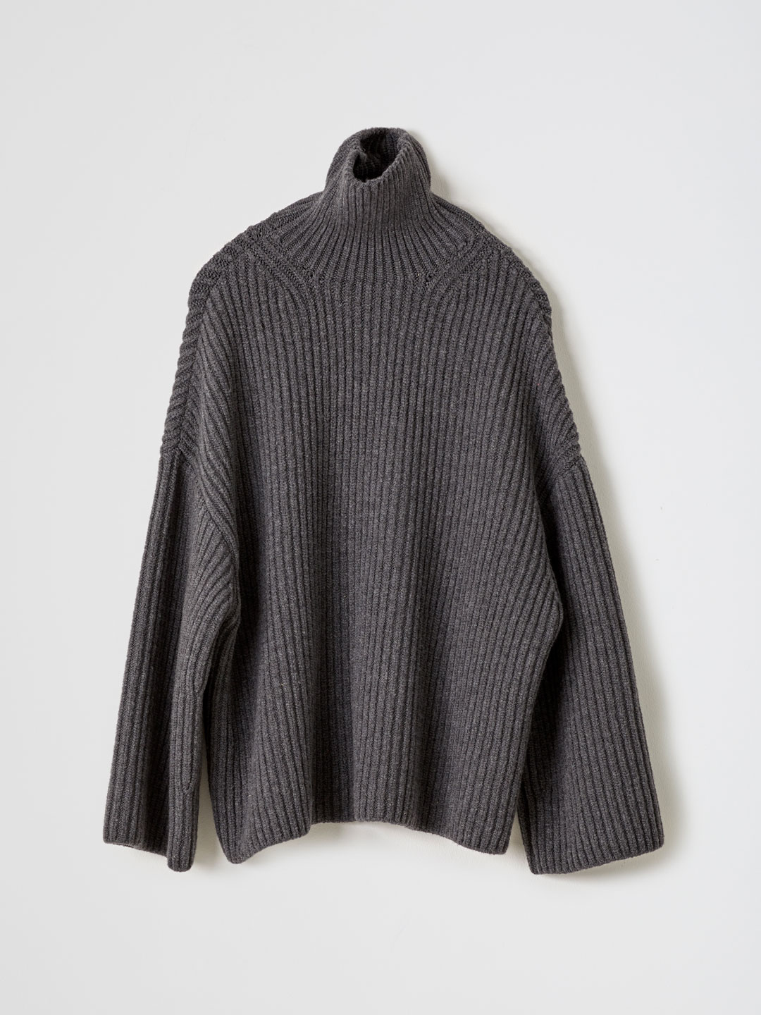 Raw / Wool-blended Turtleneck Sweater - Charcoal Grey