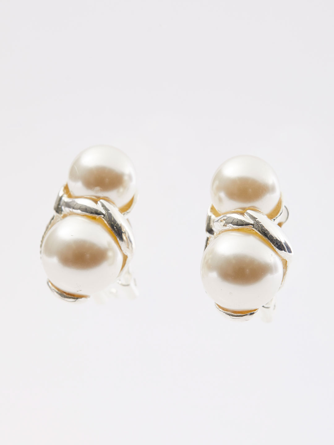 Double Pearl Clip On Earring