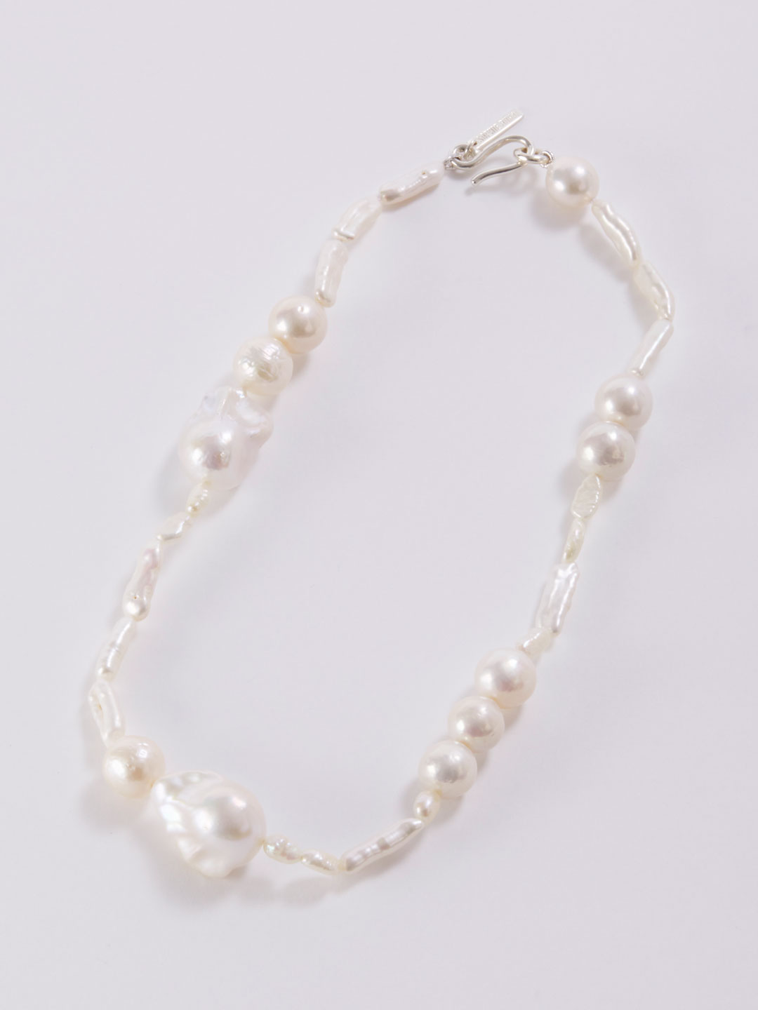 Assemblage Pearl Nacklace  - Silver