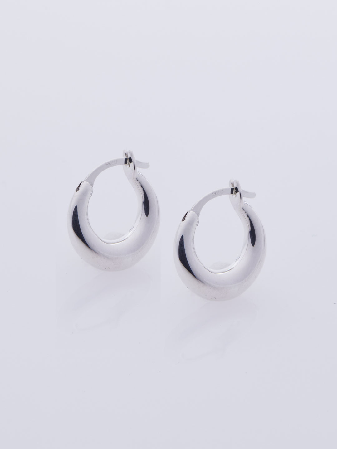 Tiny Essential Hoops - Silver