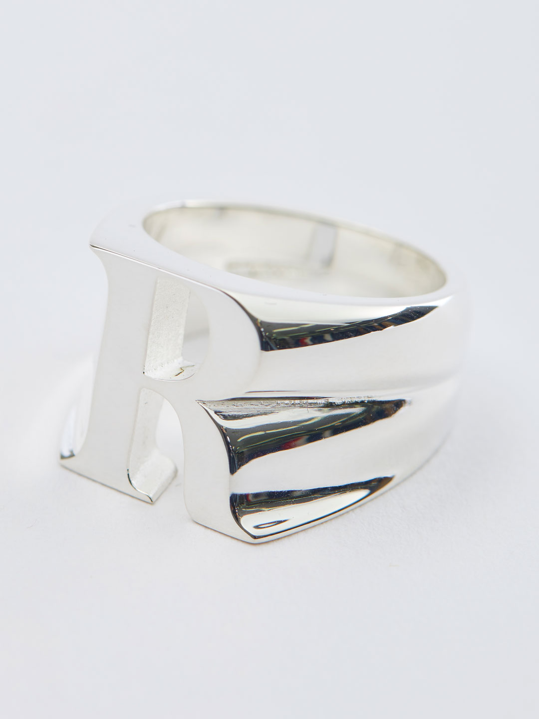 Alphabet Men's Ring R - Silver