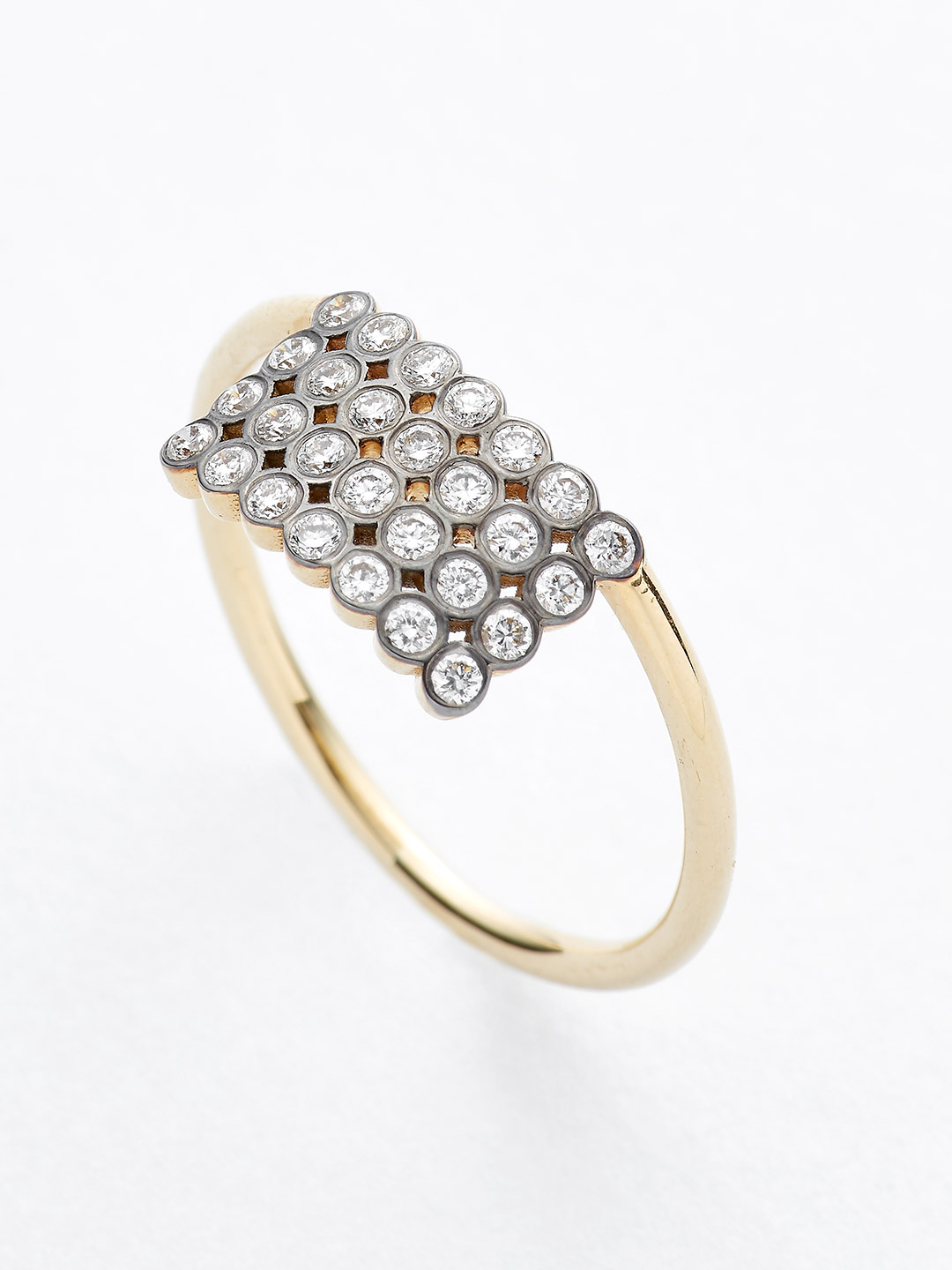 Diamond Ring - 18K Yellow Gold